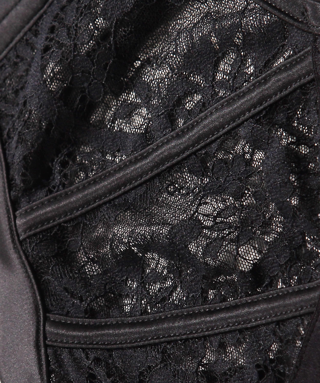 Soutien-gorge à armatures préformé Hannako, Noir, main