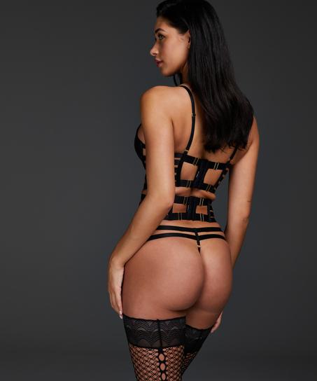 String Vicky, Noir