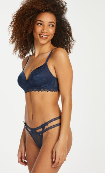 String Itzel, Bleu