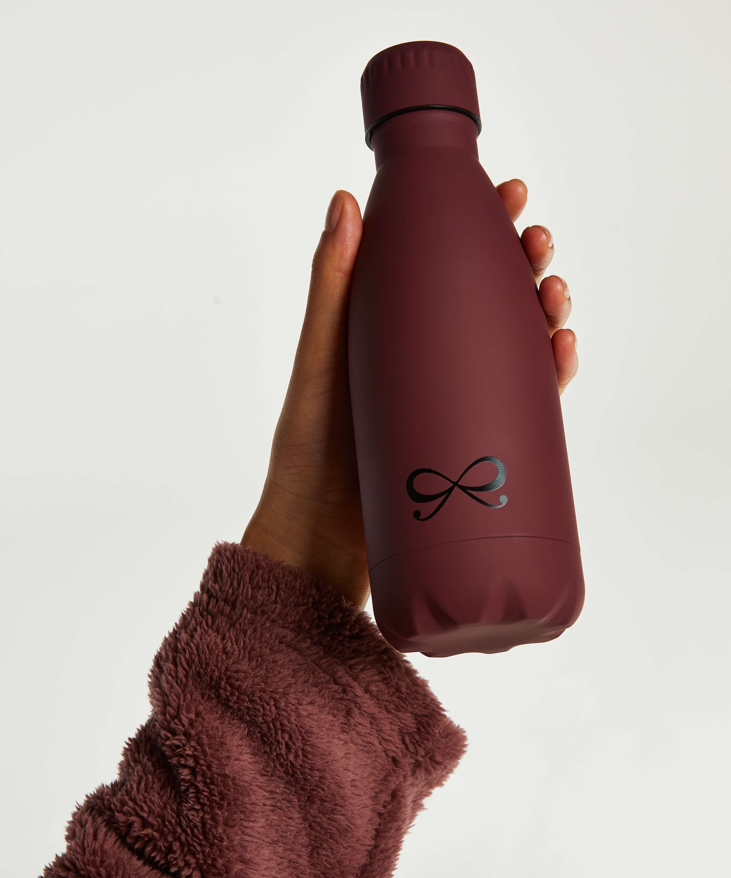 Bouteille thermos, Rouge, main