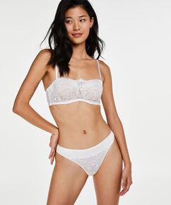 String Amarya, Blanc