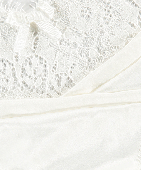 String Hannako, Blanc