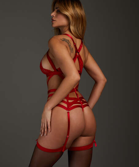 Body Iveresse, Rouge