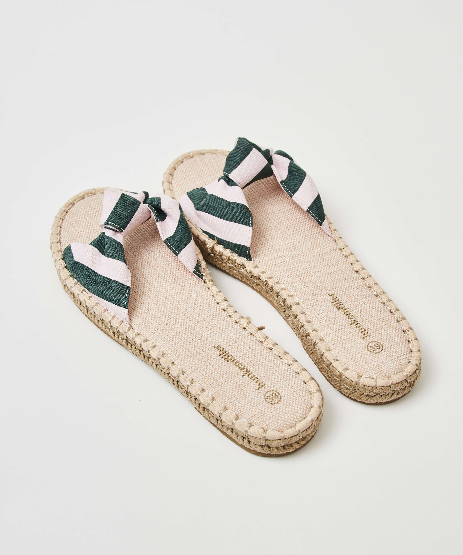 Sandales imprimées en forme de brioche, Vert, main