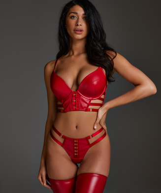 String Vicky, Rouge